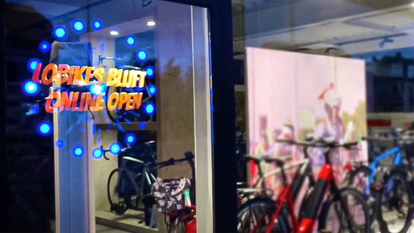 3D Holographic Display at Lobikes store in Belgium